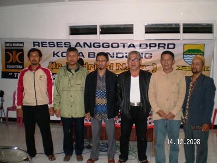 Endrizal Nazar, Aleg PKS Kota Bandung, bersama tokoh masyarakat